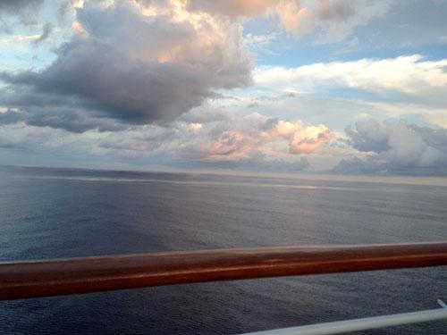 Cruise Sunset ocean