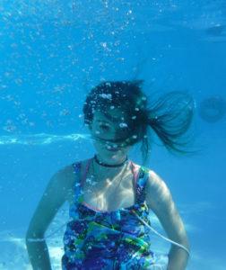 Underwater portrait web